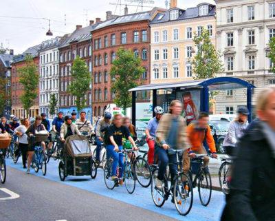 コペンハーゲンの朝は自転車通勤ラッシュ