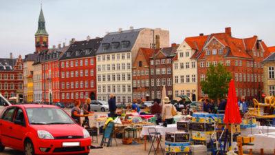 コペンハーゲン・トーヴァルセン広場の蚤の市