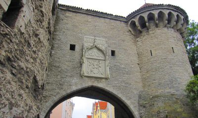 タリン旧市街入り口