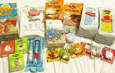 フィンランドのお土産ムーミンパッケージのお菓子