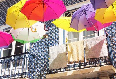 アズレージョと傘