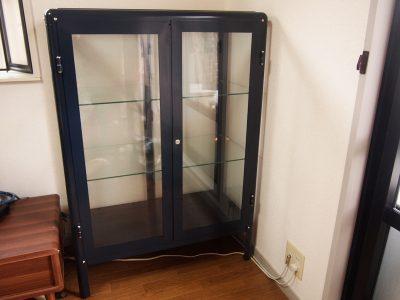 IKEAのスチール&ガラス棚キャビネット