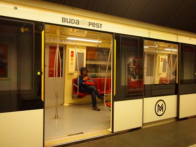 ブダペスト地下鉄2号線