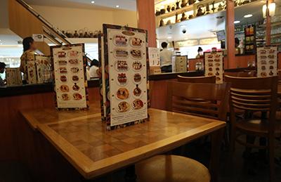 ブリュッセルのベルギーワッフル店