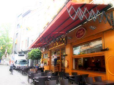 アントワープのカフェ