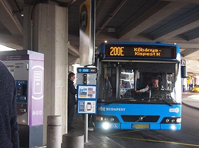 ブダペスト空港200Eバスのりば