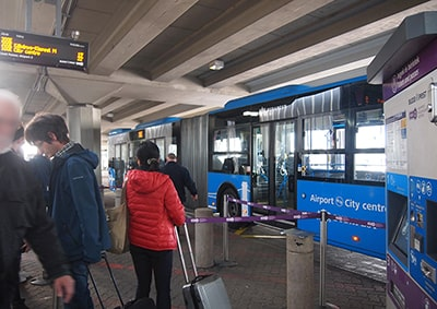 ブダペスト空港100Eバスのりば