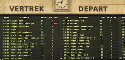 ブリュッセル中央駅の電光掲示板