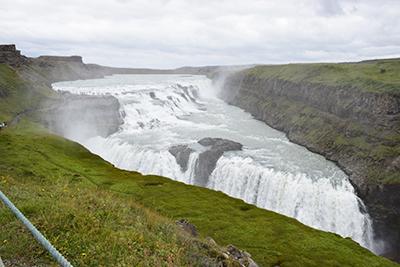 アイスランドのグトルフォスの滝