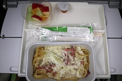 2018年フィンエアー関空→ヘルシンキ機内食