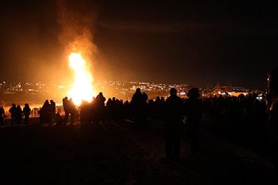アイスランド大晦日のかがり火