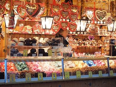 クリスマスマーケットのお菓子屋さん