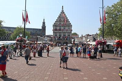 GOUDA市庁舎広場