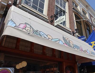 ゴーダの老舗ストロープワッフル店