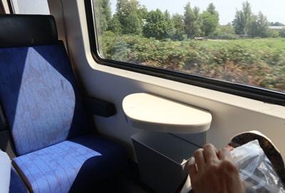 オランダ国鉄IC列車の車内