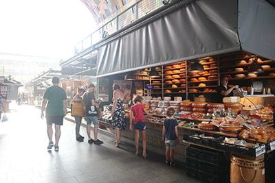 マルクトハルのチーズ屋
