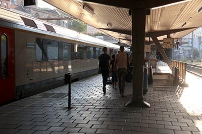 リエージュ・パレ駅