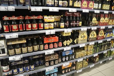 ブリュッセルのスーパーのビール売り場