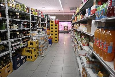 ベルギー・バルヴォーのスーパー
