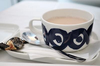 フィンエアービジネスクラス紅茶
