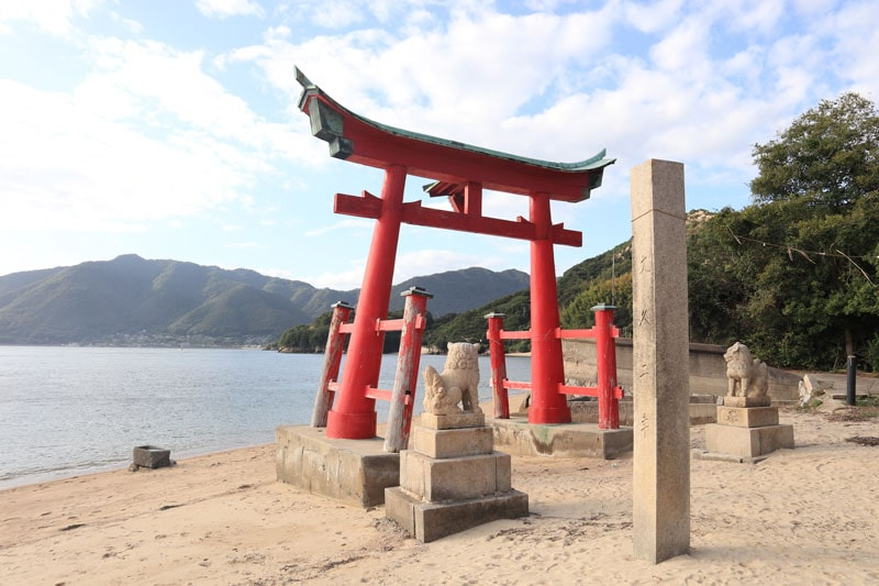 岩子島厳島神社の鳥居