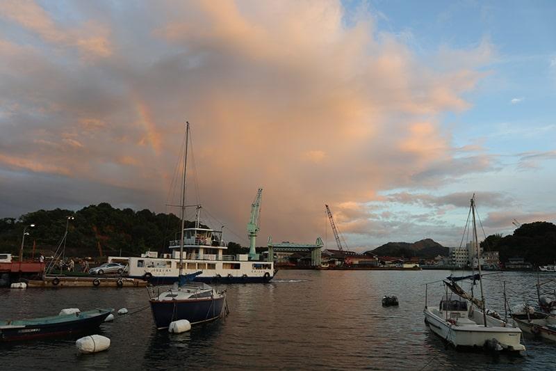 尾道渡船と虹