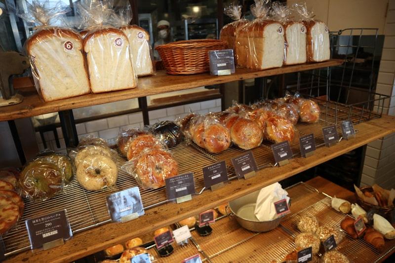 パン屋航路売り場
